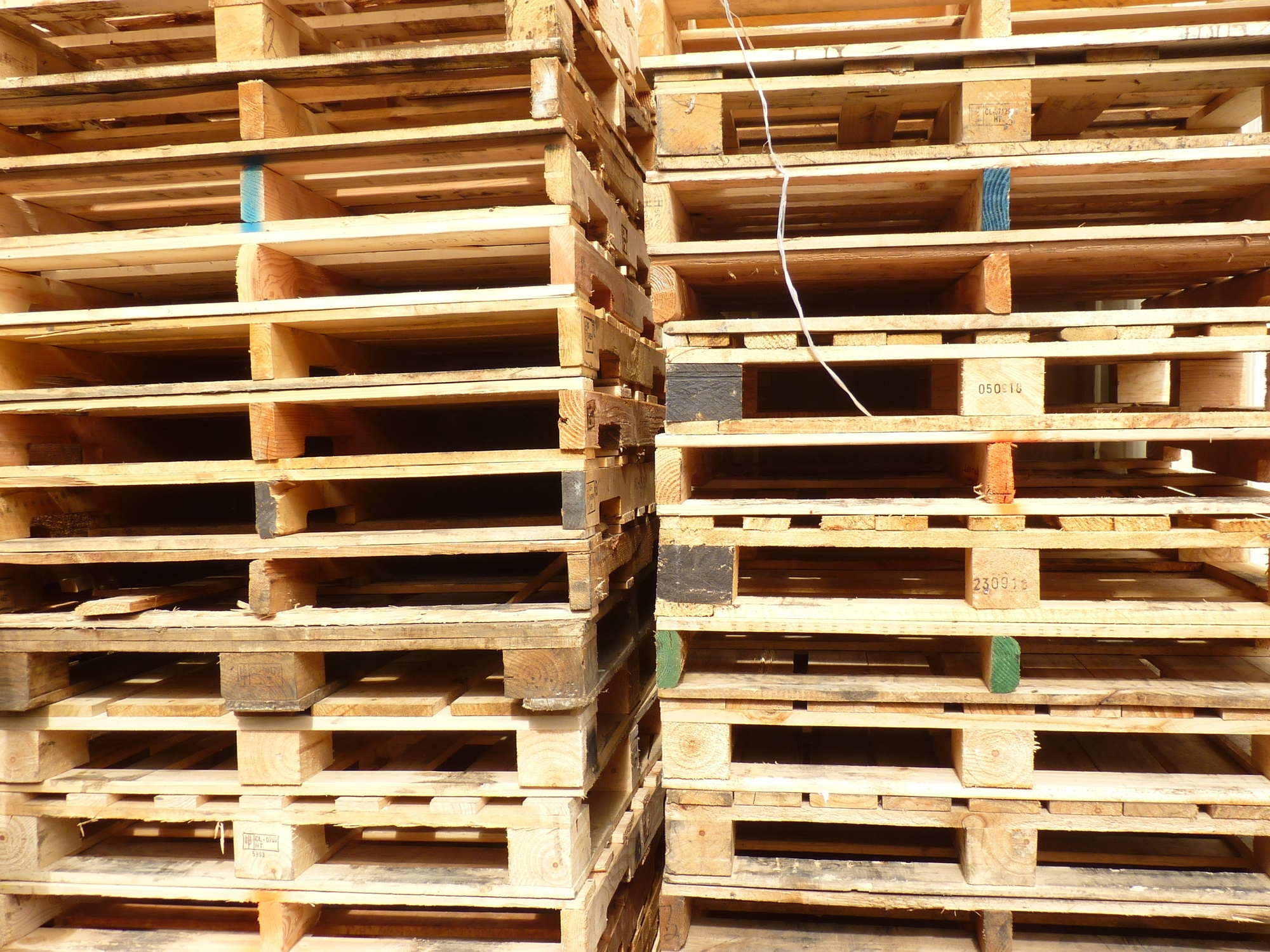 stack of wooden pallets new and used near me in mooresville nc